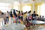 Tình nguyện viên Thủ đô mang niềm vui đến với trẻ em thiệt thòi
