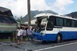 Phạt nặng xe khách mất phanh lao đèo được xe tải 'dìu' thoát nạn thảm khốc
