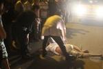 Nghi án cán bộ văn hóa xã bị đâm chết giữa phố Sài Gòn