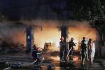 'Bà hỏa' thiêu rụi cửa hàng vật liệu xây dựng ở Hải Phòng