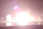 Video: Cột điện nổ như pháo hoa ở Thanh Hóa