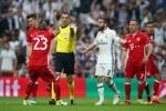 Ronaldo cũng phải lu mờ trước 'màn trình diễn chói sáng' của trọng tài