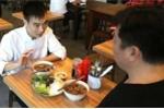 'Bún chả Obama' gây sốt ở Singapore