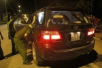 2 băng nhóm đi xe hơi, đấu súng gây náo loạn trong đêm