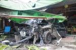 Tên cướp ô tô gây tai nạn trên đường bỏ chạy