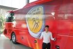Chuyện lạ V-League: Công Vinh chi tiền tỷ mua xe khủng cho CLB TP.HCM
