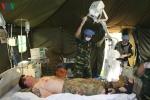 Bác sĩ Bệnh viện dã chiến diễn tập tác nghiệp như ở chiến trường