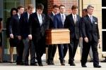 Hàng nghìn người tham dự lễ tang sinh viên Mỹ trở về từ Triều Tiên
