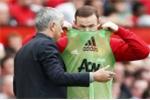 Lý do đặc biệt Mourinho cho Rooney tiếp tục ngồi dự bị
