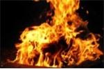Một 'đại gia' châm lửa tự thiêu như đuốc sống