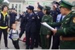 Bé trai 3 tuổi bị thầy phong thủy lừa bán sang Trung Quốc