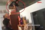 Cận cảnh đột kích bắt đối tượng đâm trọng thương trưởng phòng ở Vĩnh Long