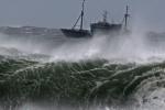 Vừa dứt bão, lại xuất hiện vùng áp thấp trên Biển Đông