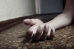 Cha mẹ tá hỏa khi thấy con 'hồi sinh' trong đám tang