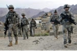 Lính Afghanistan nổ súng bắn bị thương 3 quân nhân Mỹ