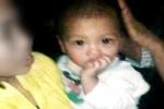 Bé trai hơn 1 tuổi bị bỏ rơi trước cửa nhà dân