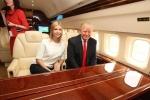 Chê Air Force One, ông Donald Trump vẫn sẽ phải rời chuyên cơ dát vàng