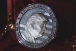 Công ty Nga đúc tiền vinh danh Donald Trump