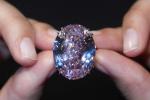 Tỷ phú Hong Kong trả 71 triệu USD mua viên kim cương đắt giá nhất thế giới