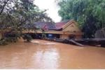 Lũ lụt miền Trung: 5 người chết và mất tích, hàng chục nghìn ngôi nhà bị ngập