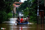 12 hồ thủy điện đồng loạt xả lũ, gây ngập nặng ở miền Trung