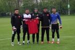 HLV U23 Borussia M'gladbach truyền 'bí kíp' cho thủ môn U20 Việt Nam