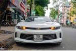 Xe thể thao mui trần Chevrolet Camaro 2017 đầu tiên trên đường Sài Gòn