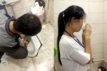 Phạt nhân viên, công ty Trung Quốc bắt uống nước bồn cầu gây bức xúc