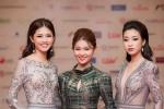 Hoa hậu Mỹ Linh, Á hậu Thanh Tú mặc đồ đôi lộng lẫy trên thảm đỏ