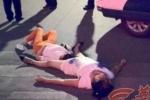 Cãi nhau liên tục 8 tiếng, 2 phụ nữ sùi bọt mép, ngất xỉu