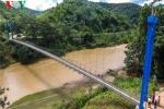 Có cầu mới, người dân không phải vượt sông dữ bằng mảng ở Yên Bái