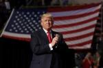 Obama chúc năm mới lần cuối, ông Trump gửi lời chào 2017 đến kẻ thù