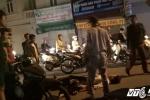 Sau rượu, 3 thanh niên tông xe mô tô văng xuống đường