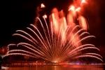 Pháo hoa Đà Nẵng kỳ ảo trên sông Hàn khiến người xem mãn nhãn