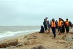 Hàng loạt tàu cá gặp nạn, 8 ngư dân mất tích trên biển