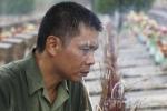 Ảnh: Cựu binh sư đoàn 356 trở về bên đồng đội yên nghỉ nơi chiến trường Vị Xuyên