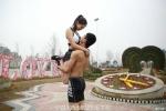 Doi tinh nhan Trung Quoc khoe 7 tu the hon dep mat hinh anh 5