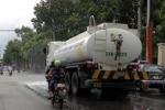Hà Nội tốn 70 tỷ đồng/năm cho việc rửa đường