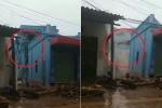 Clip: Nhà 3 tầng ở Sơn La đổ sụp xuống dòng lũ dữ trong tích tắc