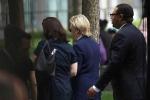 Video: Bà Clinton 'ngã gục' khi tham gia lễ tưởng niệm ngày 11/9