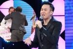 Dương Triệu Vũ tặng 20 triệu đồng giúp người cha nghèo đóng học phí cho con