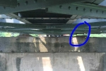 Phát hiện hình ảnh lạ nguy hiểm dưới gầm cầu Long Biên