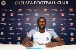 Chi tiền 'tấn', song Chelsea có thực sự cần Antonio Ruediger?