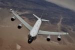 Mỹ, NATO tăng cường bay sát biên giới Nga
