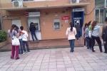 Người Trung Quốc 'vật vã' rút tiền tại ATM ngày sát Tết Bính Thân