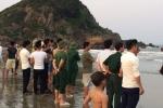 Chụp ảnh kỷ yếu dưới biển, 2 học sinh bị sóng cuốn mất tích