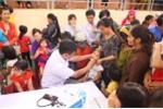 Khám bệnh, cấp thuốc miễn phí cho 1.300 trẻ em nghèo Quảng Trị