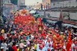 Hàng vạn người đổ ra đường trong lễ hội lớn nhất miền Nam