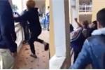 Con nhiều lần bị đánh hội đồng dã man tại trường, phụ huynh viết đơn kêu cứu