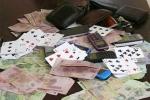 Thanh tra Pháp chế Điện lực Thái Bình đánh bạc bị bắt tại trận
